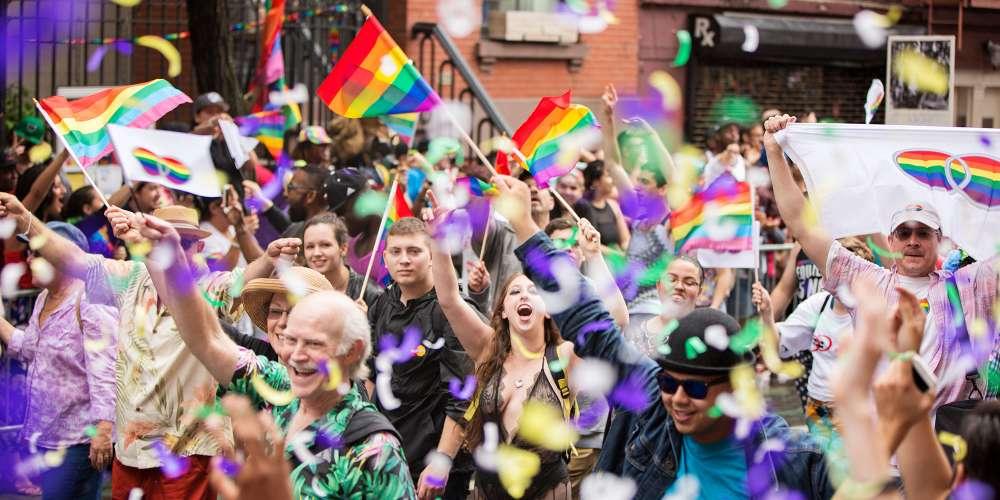 ชาวออสเตรเลียโหวตสนับสนุนการแต่งงานระหว่างเพศเดียวกันและเคลื่อนการต่อสู้สู่รัฐสภา