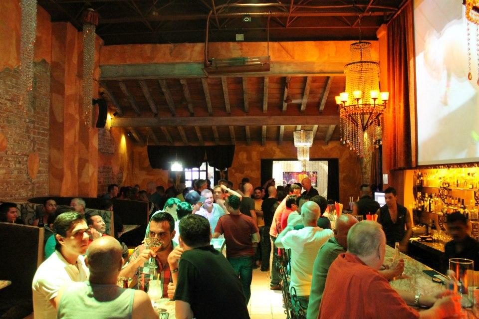 puerto vallarta gay la noche bar