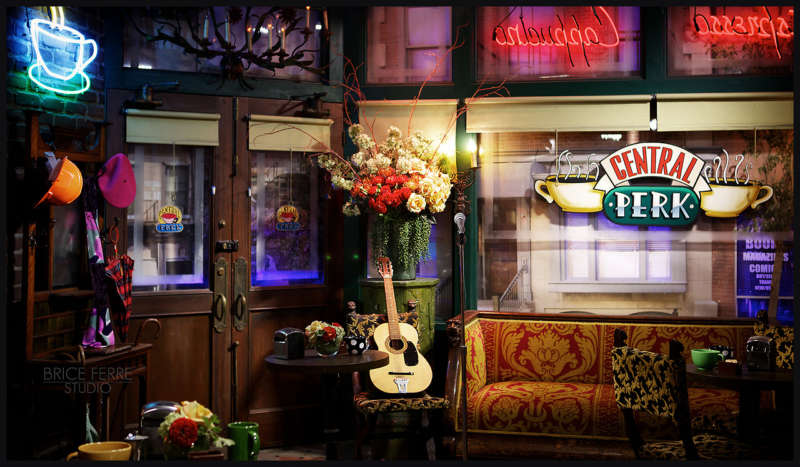 central perk golden girls cafe