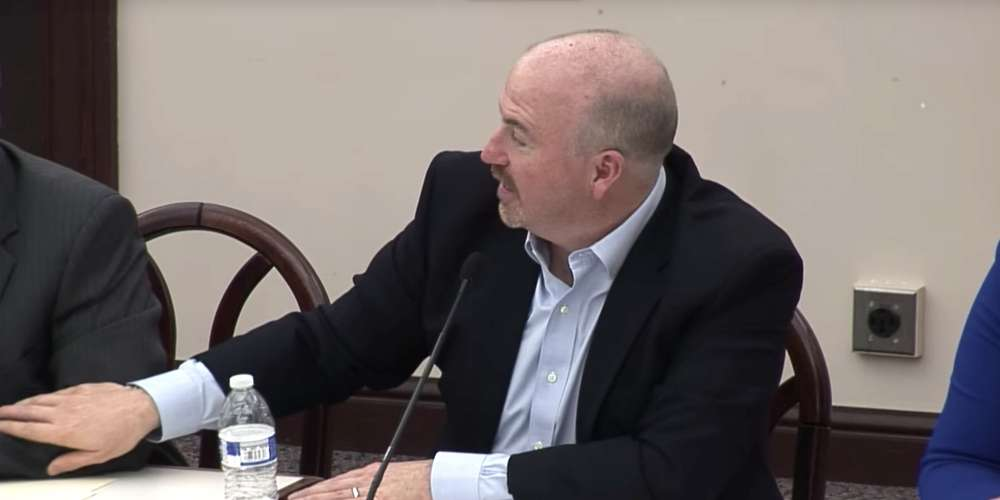 Watch This Republican Lawmaker's Homophobic Freak Out After a Male Colleague Touches His Arm
