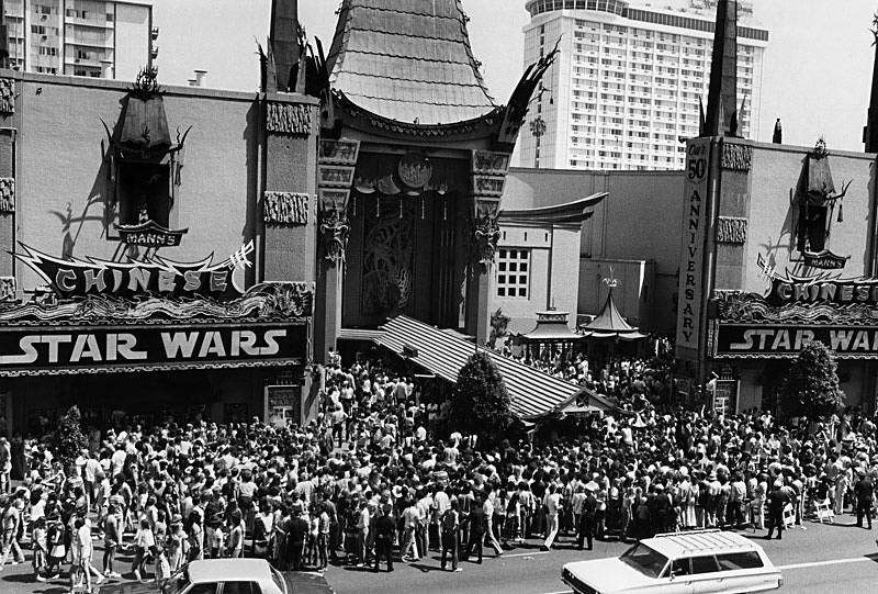 carrie fisher tribute star wars premiere