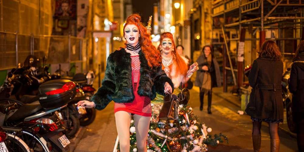 Les drag-queens Enza Fragola et Alice Psycho dans le Marais pour Hornet