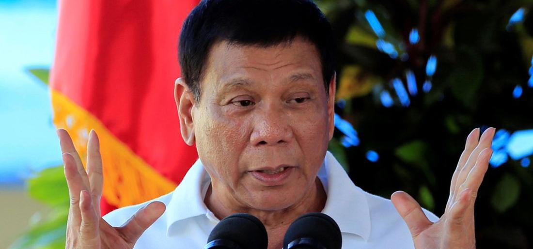 Presidente filipino Rodrigo Duterte se declara a favor de casamento igualitário