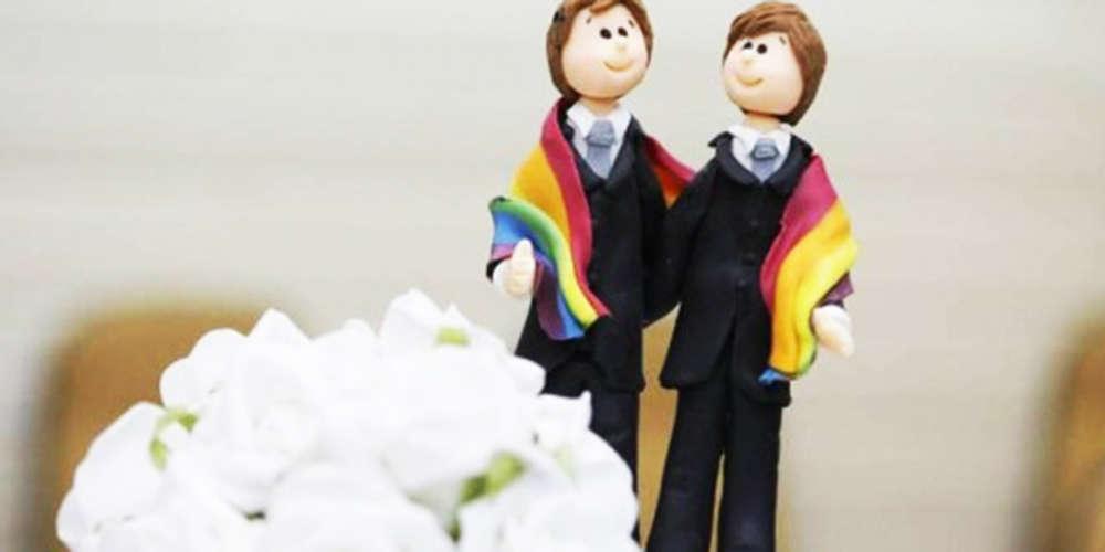 Assista aos 5 pedidos de casamento LGBT mais emocionantes de 2017