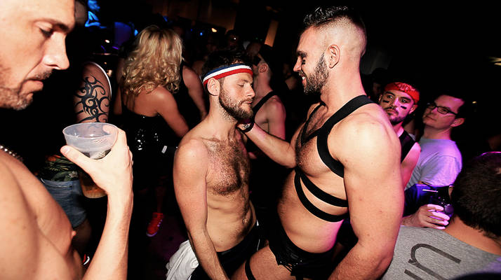 gay lyon nightlife