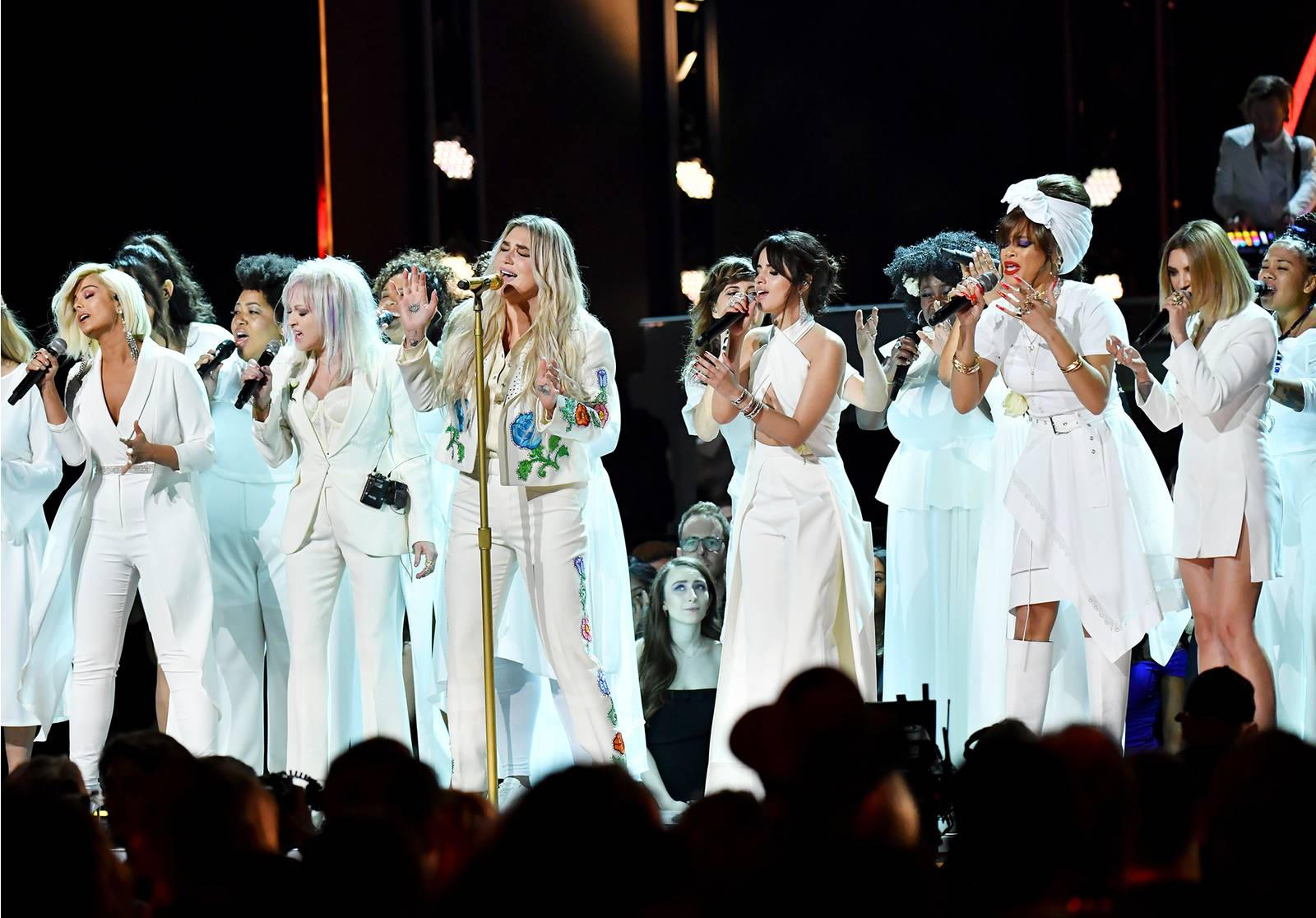 grammys performance kesha