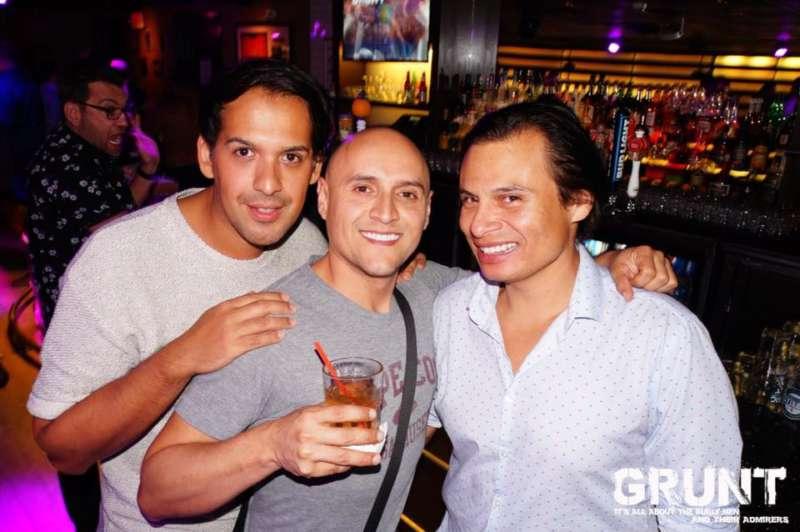 alley bar boston gay guide เกย์ บอสตัน
