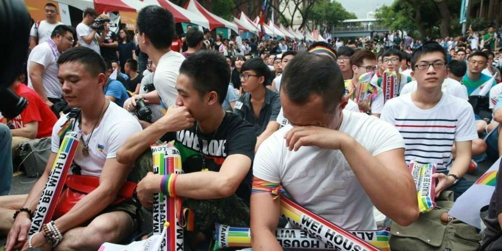 Here's a Checklist for How to Spot a Gay Person, According to a Malaysian Newspaper