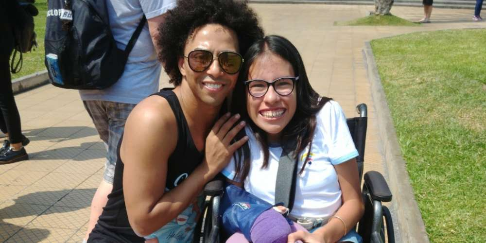 Shangela Hosted a Spur-of-the-Moment Fan Meetup in Peru, and the Pics are Adorable