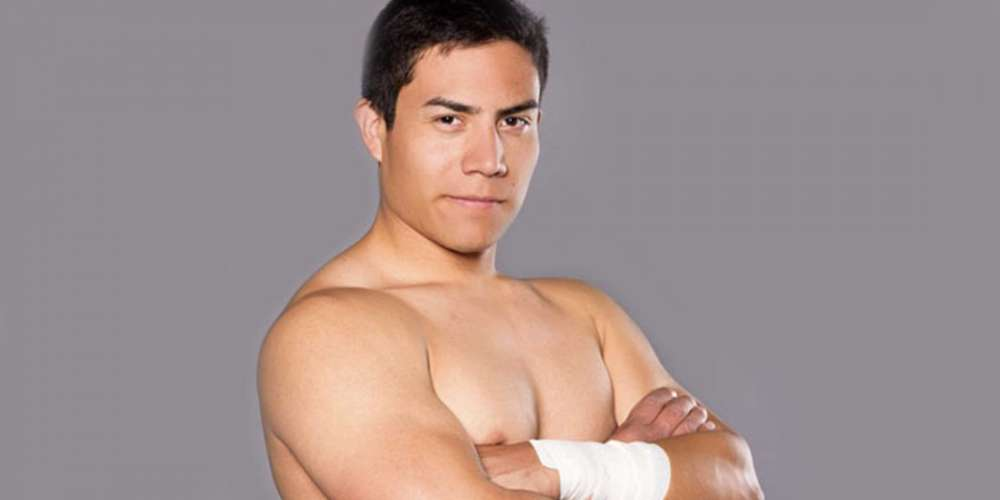 Lutador Jake Atlas sai do armário em carta aberta emocionante