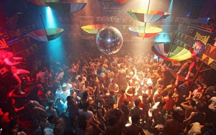 toronto gay bars 2