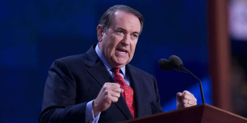 cma mike huckabee  go away, kim davis