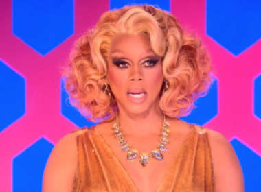 RuPaul apologizes