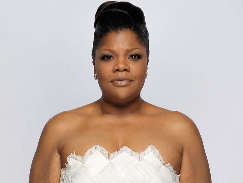 Mo'Nique netflix boycott white dress