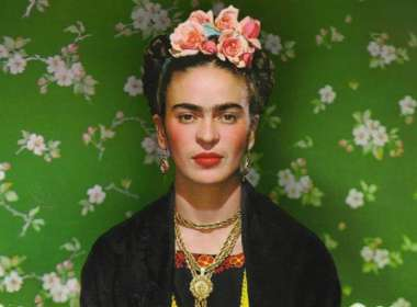 Frida Kahlo barbie 01