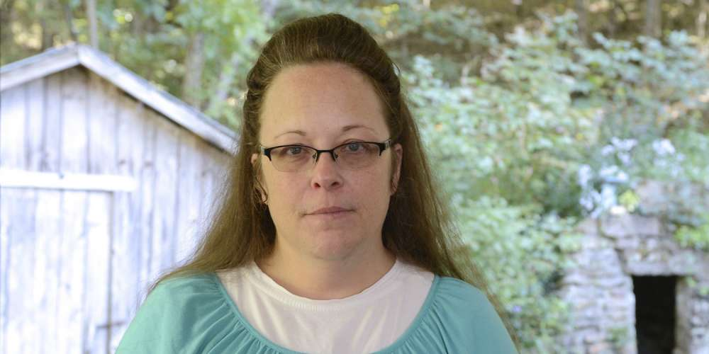 5 Batshit Crazy Admissions From Anti-Gay Kentucky Clerk Kim Davis' Newly Published Memoir