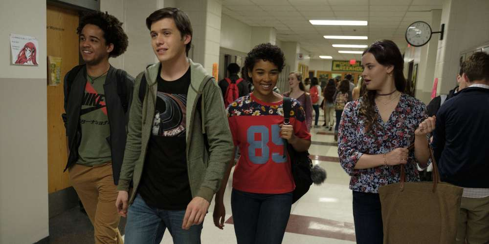 'Love, Simon' Is the Mainstream High School Coming Out Film We've All Been Waiting For, and It Delivers