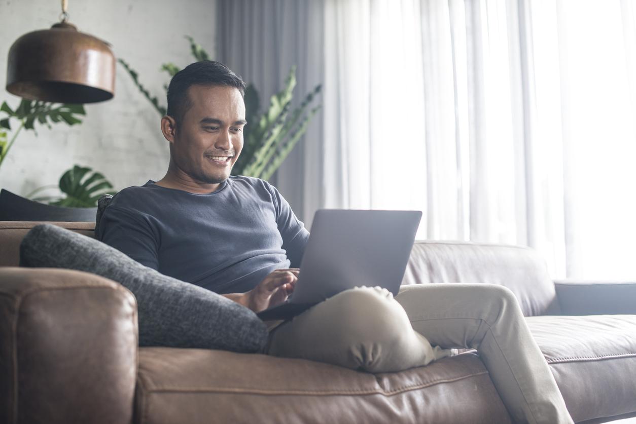pornhub grant laptop