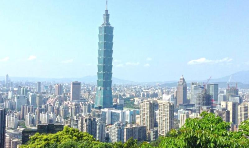 taiwan travel guide elephant mountain