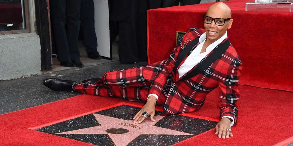 Here's the Process for a Celebrity to Be Honored With a Star on Hollywood's Walk of Fame