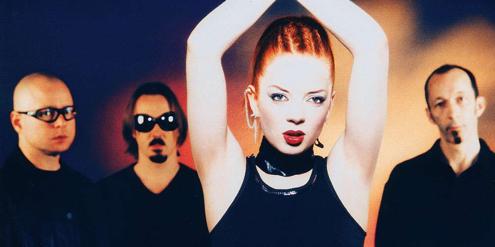 Garbage Has Announced a 20th Anniversary Reissue of the Album 'Version 2.0'