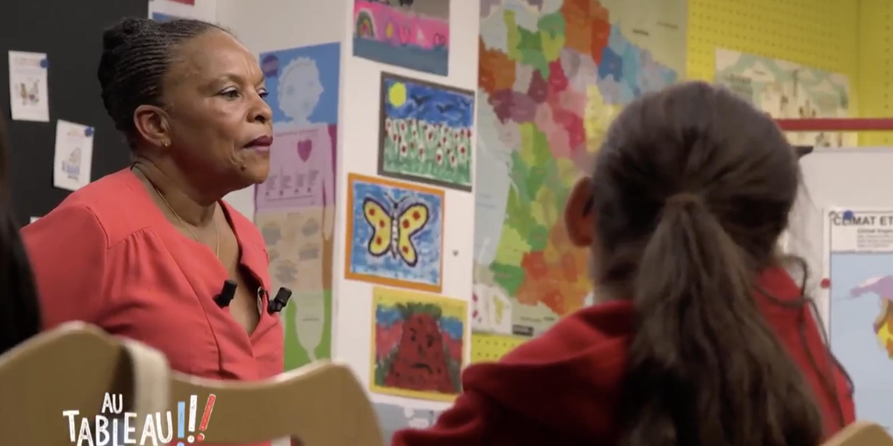 Au tableau: Quand Christiane Taubira explique l'homoparentalité aux enfants