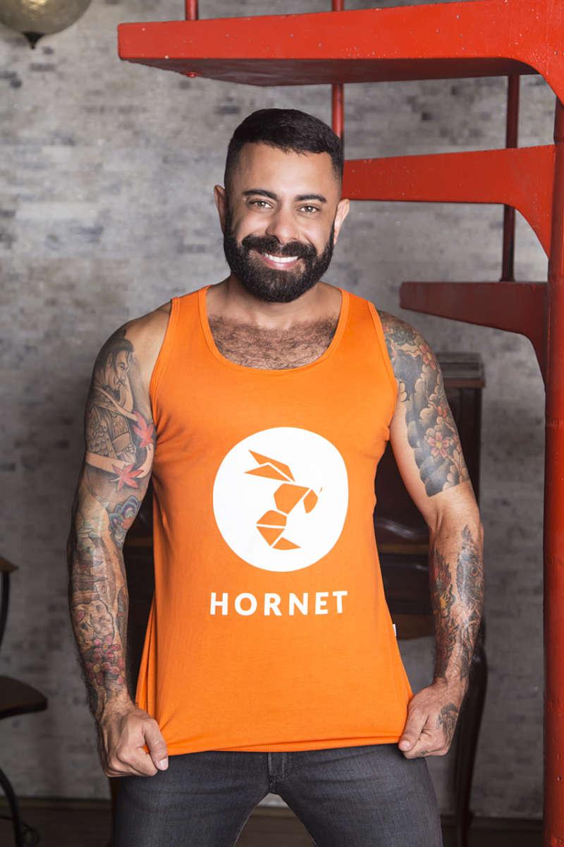 cara Hornet abril