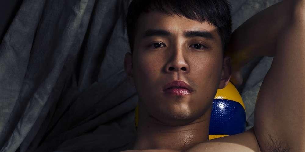 《Hornet x 晏人物》關於攝影師和男模拍攝全裸寫真當下究竟會不會感到性慾?