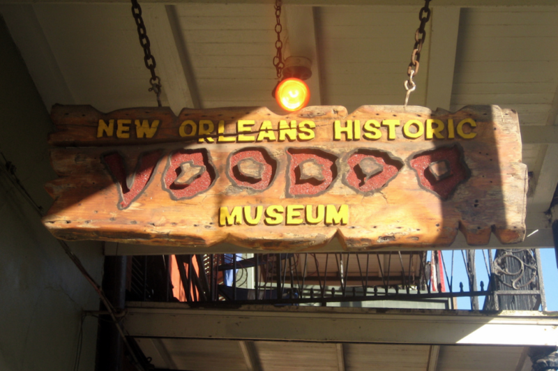 gay new orleans voodoo museum  เกย์ new orleans