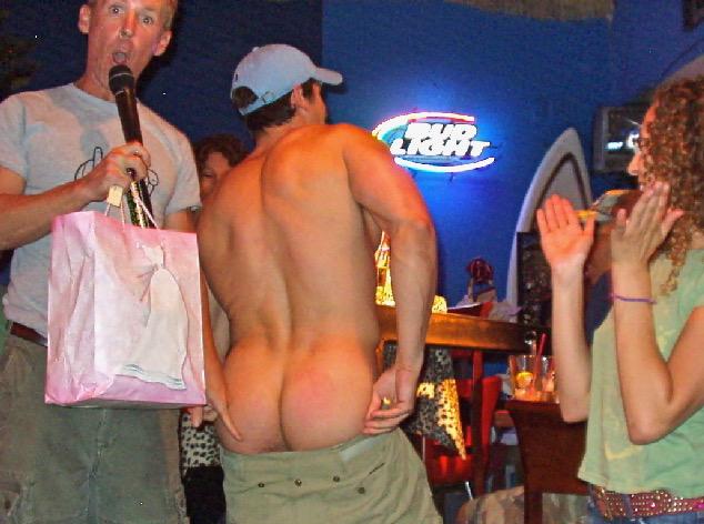 drag bingo butt