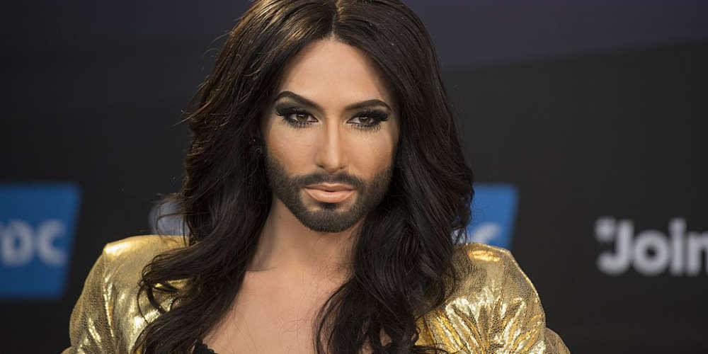 Menacée d'outing par un ancien petit-ami, Conchita Wurst révèle sa séropositivité