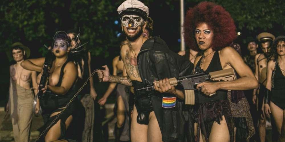Grupo Cia. dxs Terroristas instaura Ditadura Gay em São Paulo