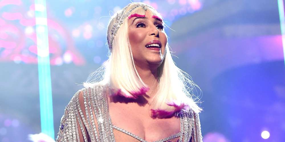 Cher Just Surprised CinemaCon With a Fabulous Performance of Abba's 'Fernando'