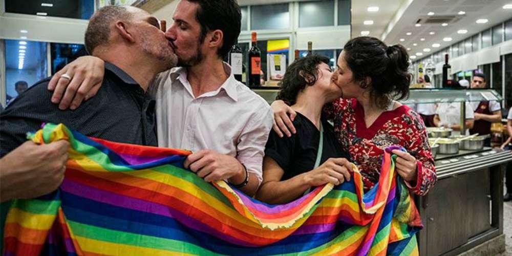 Homofobia pode indicar atração pelo mesmo sexo, diz pesquisa