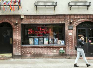 stonewall inn apologizes