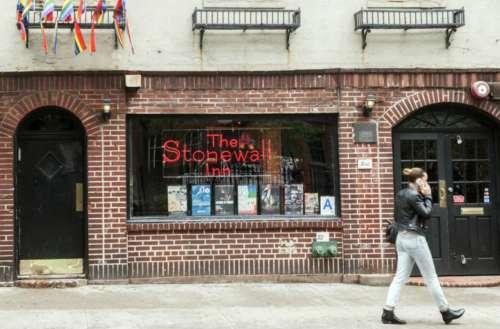stonewall inn apologizes