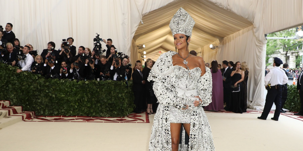 15 Jaw-Dropping, Eyebrow-Arching and Gasp-Inducing Looks From This Year's Met Gala