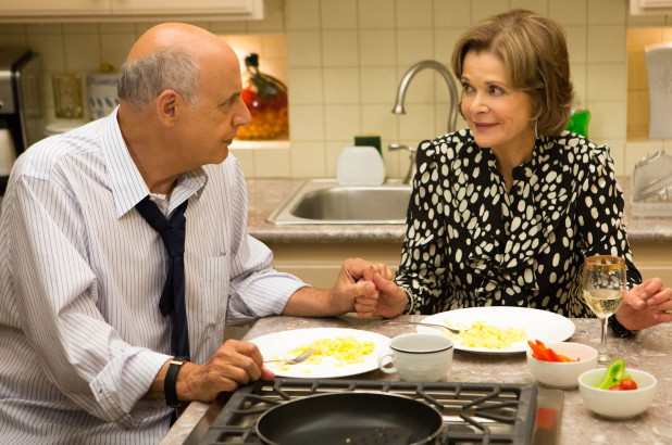 Arrested Development 02, Jessica Walter 01, Jeffrey Tambor 08
