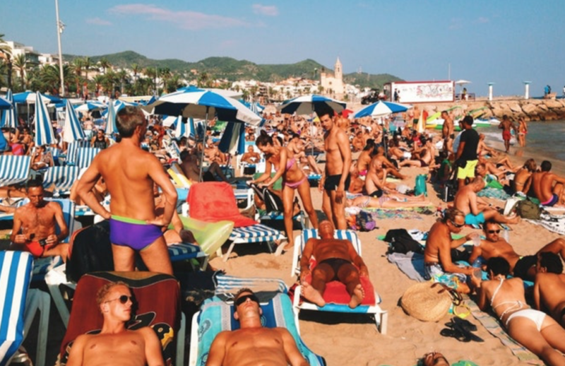 gay sitges gay beach