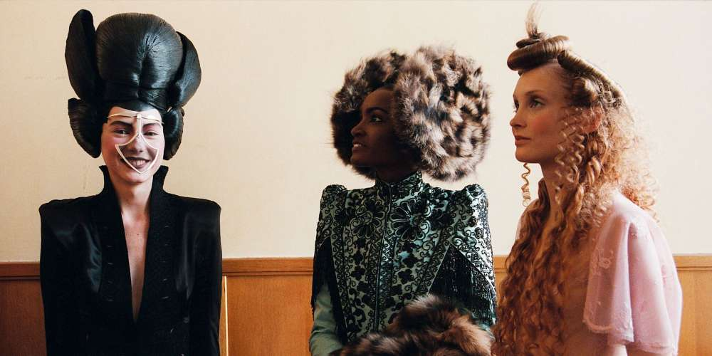 The First Trailer for 'McQueen' Just Dropped, Giving Us a Glimpse of Avant-Garde Glamour