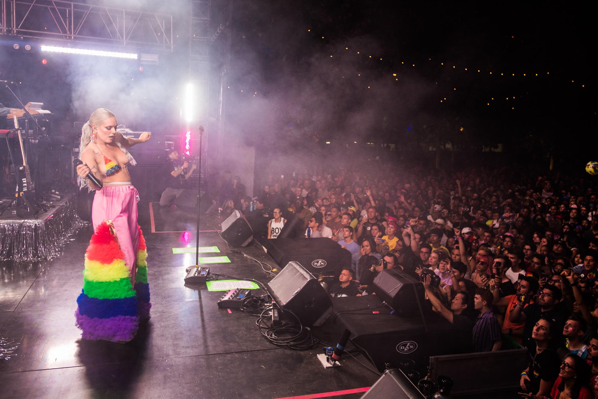 L.A. pride photos tove lo