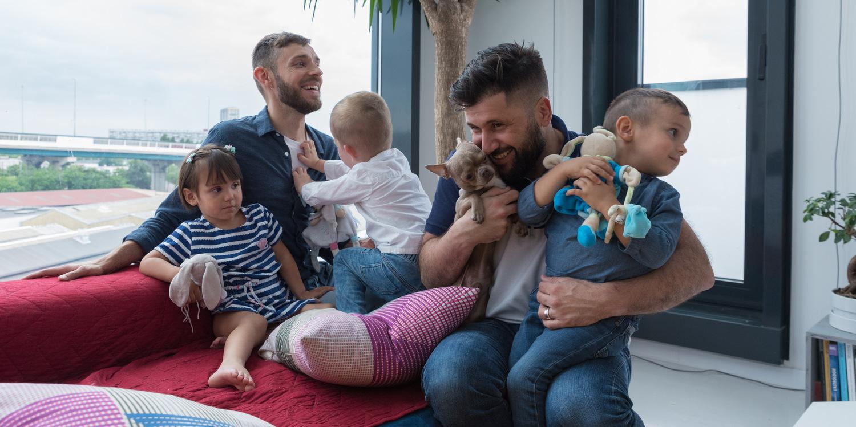 GPA: La rocambolesque histoire de Lucas et Morgan (et de leurs trois enfants)