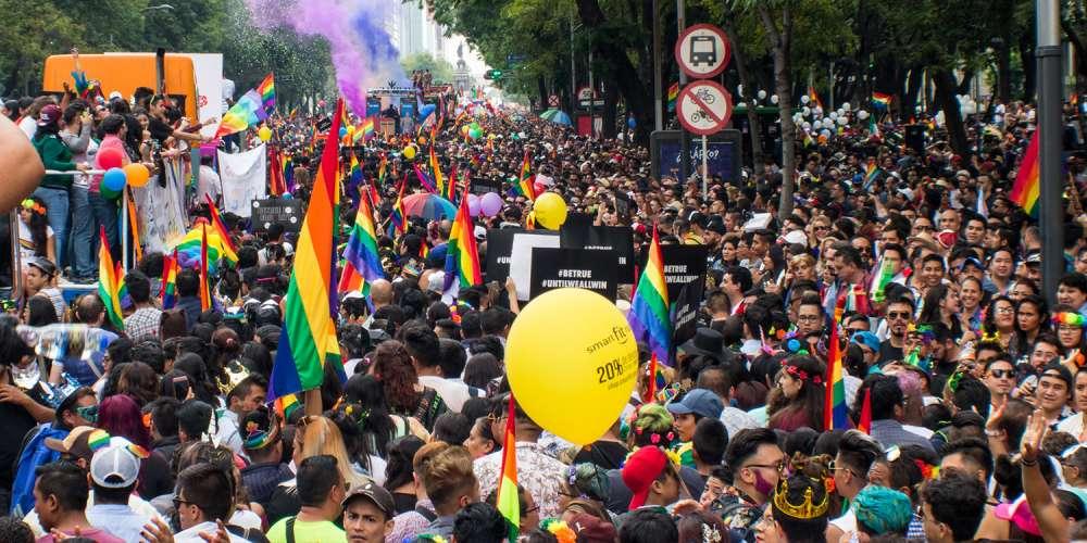 Así se Vivieron los 40 Años de la Marcha del Orgullo LGBT de la Ciudad de México (Fotos)