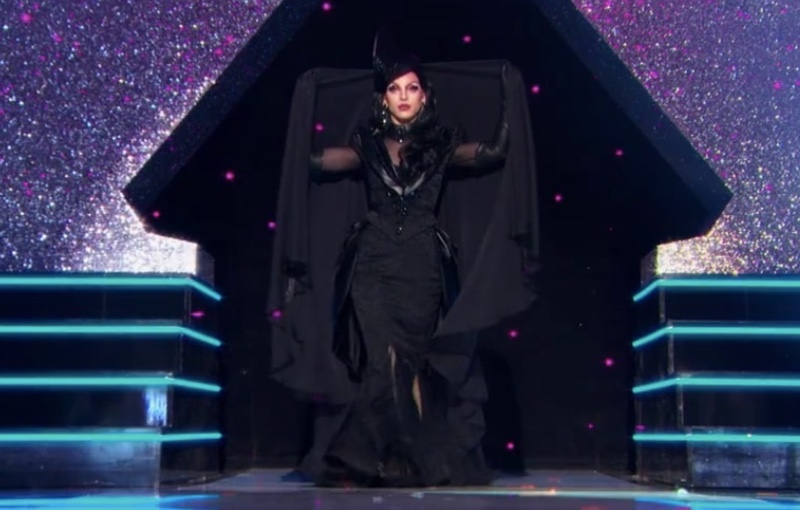 drag race season 10 finale looks miz cracker