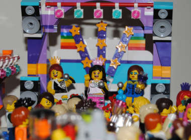 Will & Grace LEGO 09, Mark Fitzpatrick 09