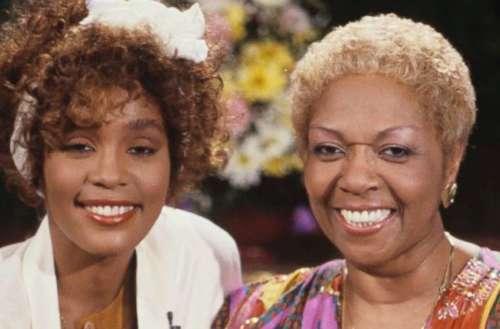 WhitneyHouston molestation 01, Cissy Houston, Whitney Houston 02