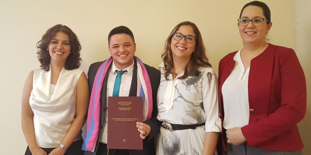 Aluno de Direito é primeiro homem trans a defender TCC em universidade do norte do país