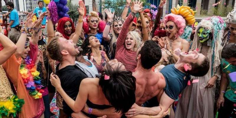What's Up 02, What's Going on 02, Sense8