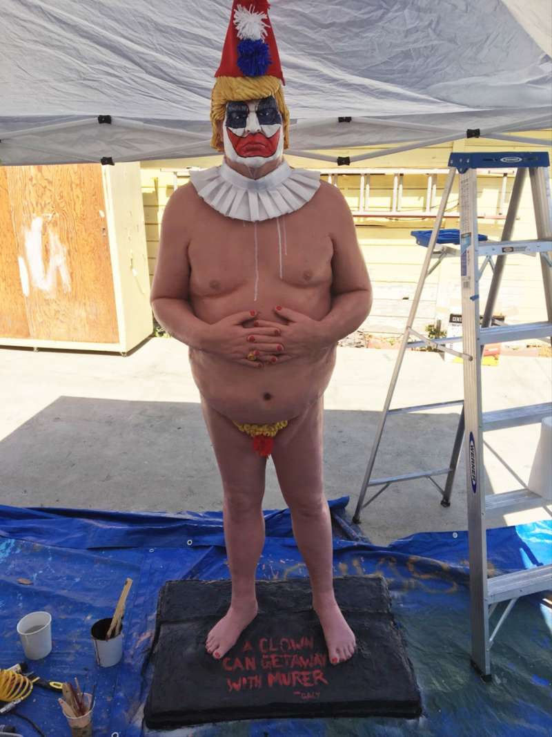 naked trump clown statue