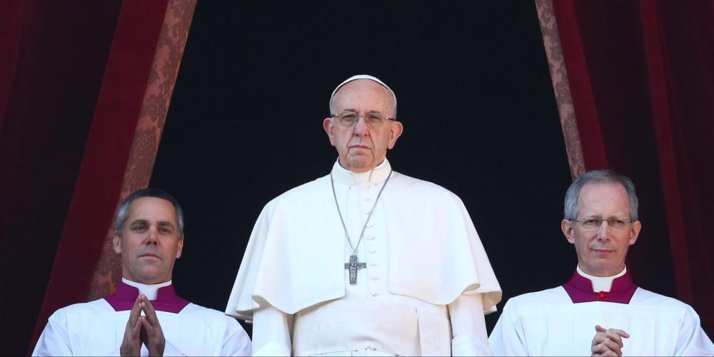 Papa Francisco reconhece abuso sexual na igreja e envia careta aos católicos